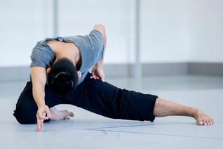 Le Phoenix Dance Theatre présente Black Waters, une œuvre originale de danse contemporaine.