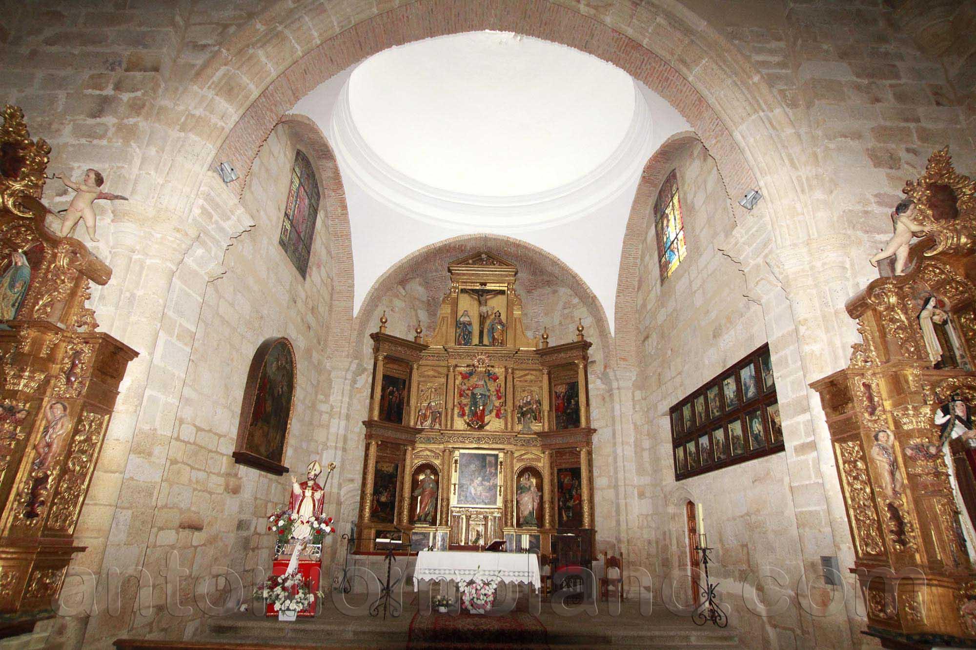santa maria interior