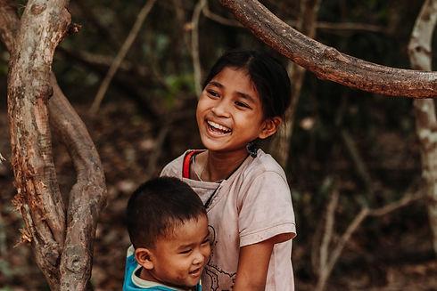 girl-smiling-1739842.jpg