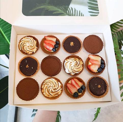 Baker V Box of 12 Tartlets.jpg