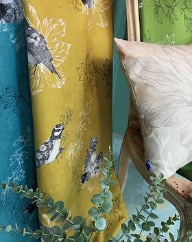 Paradisiers-Textile d'ameublement-Oiseaux-Bichromie-Vegetal-Naturel-Rideaux-Fauteuils-Coussins