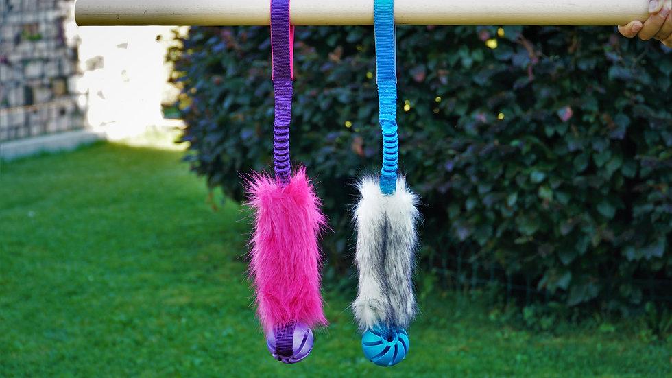 Kunstfell Wuschel Mop mit Bungee Zerrschlaufe und Ball Hundespielzeug