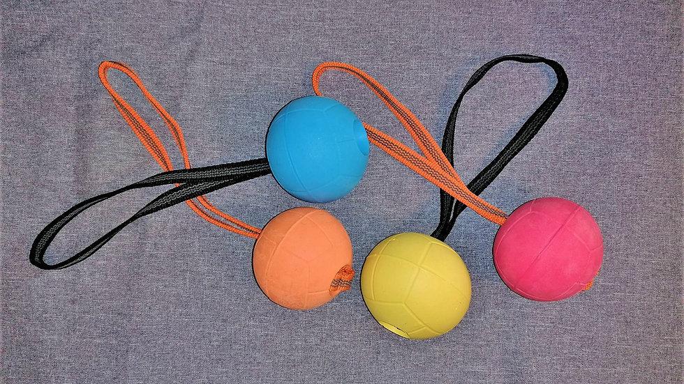 Moosgummiball mit Handschlaufe