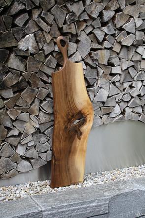 Bild 1: Holz-Schneidebrett Swarovski-Elements.JPG