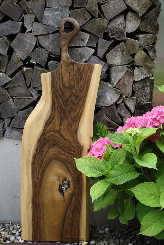 Bild 11: Holz-Schneidebrett Swarovski-Elements.JPG