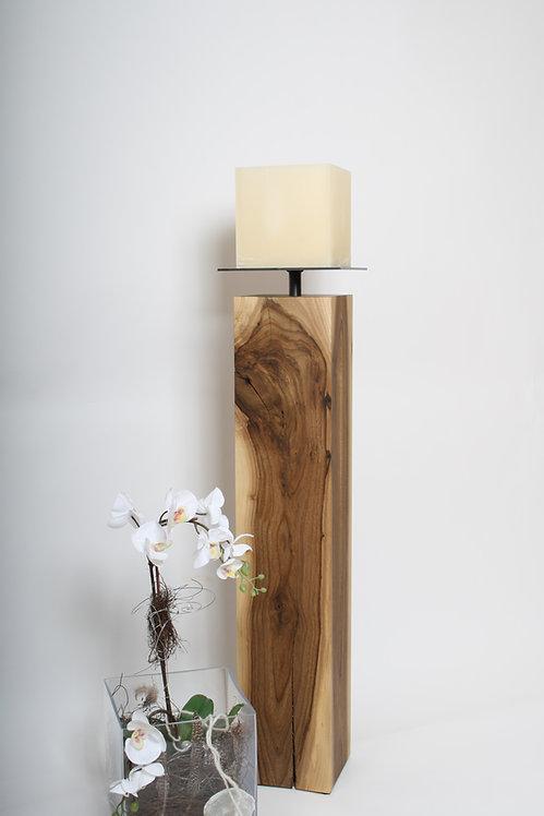 Holz Stele