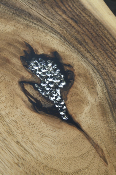 Bild 15: Holz-Schneidebrett Swarovski-Elements.JPG