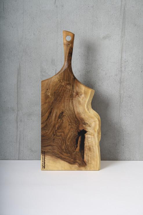 Design Schneidebrett Nussbaum.JPG
