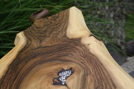 Bild 9: Holz-Schneidebrett Swarovski-Elements.JPG