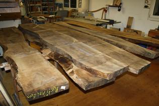 Holzwahl: Nussbaum Esstisch massivholz.JPG