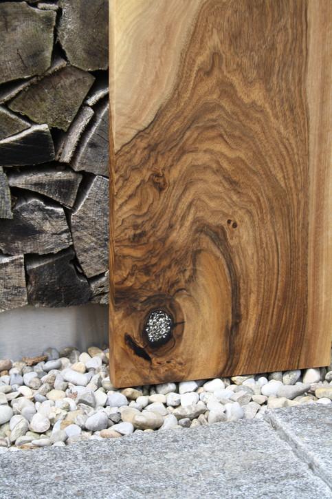 Bild 24: Holz-Schneidebrett Swarovski-Elements.JPG
