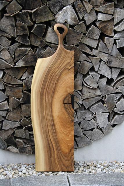 Servingbaord_swiss made Schweizer Holz.JPG