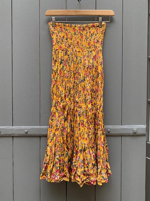 Jupe en coton imprimé à la main motifs imprimé champêtre sur fond jaune