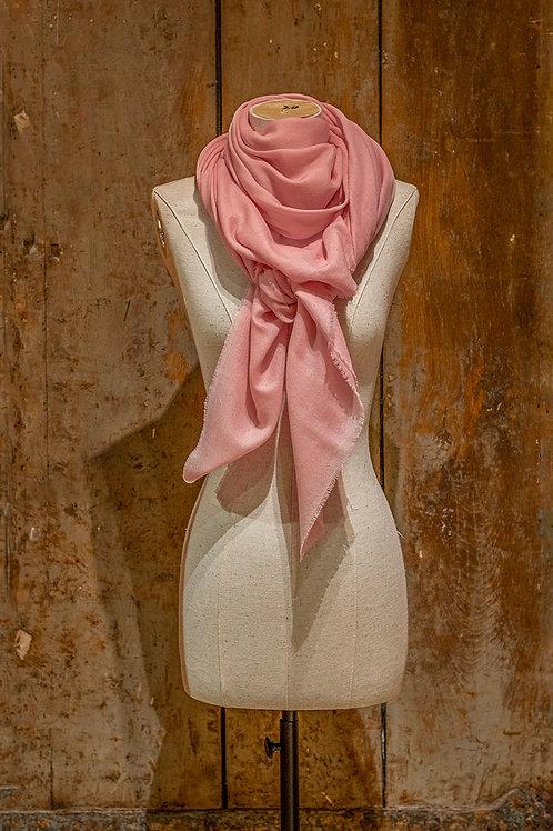 Grand carré en cachemire rose pâle