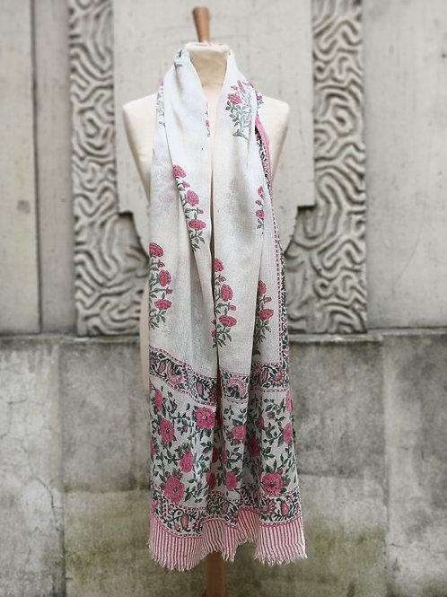 Étole en étamine de laine imprimée à la main, motif floral rose 3