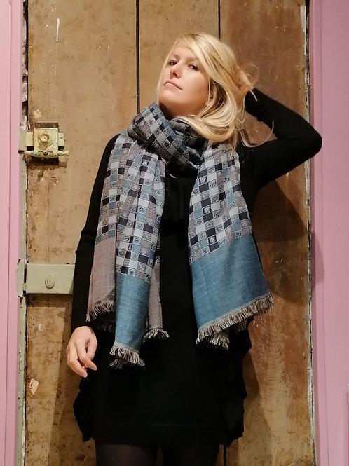 Châle en laine carreaux écossais réversible bleu-gris grand format