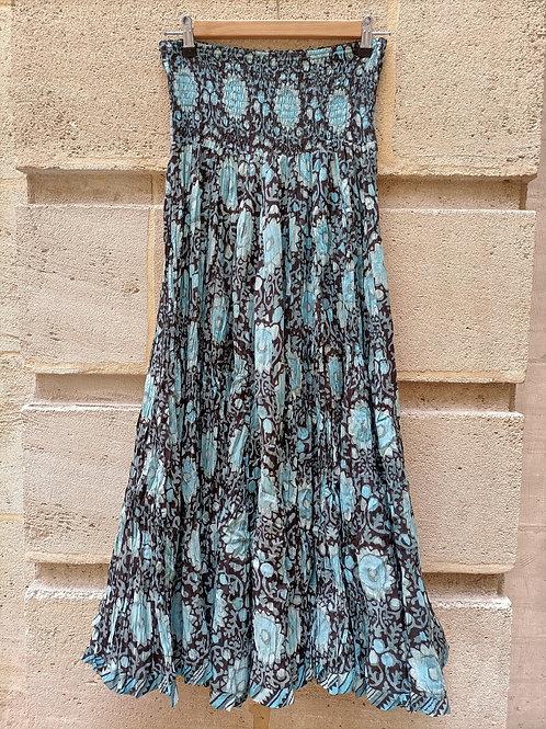 Jupe en coton imprimé à la main motifs de fleurs turquoises sur fond noir