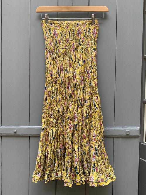 Jupe en coton imprimé à la main à motifs imprimé champêtre sur fond jaune paille