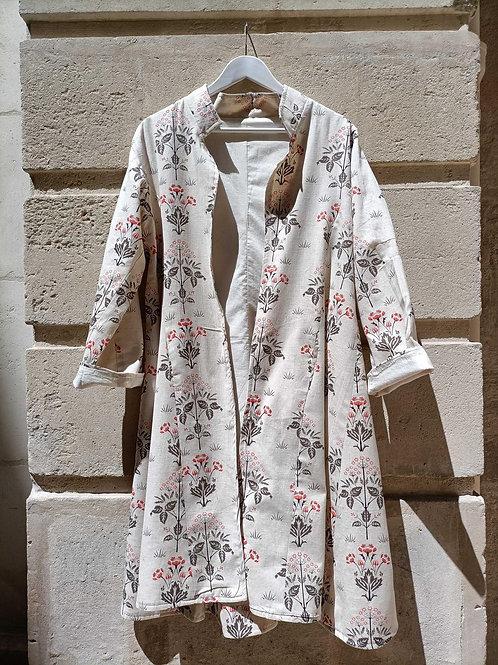 Manteau Isa en coton imprimé motifs fleuris sur fond crème