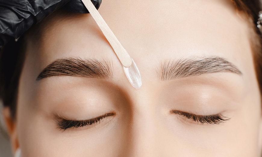 Eyebrow Wax + Tint
