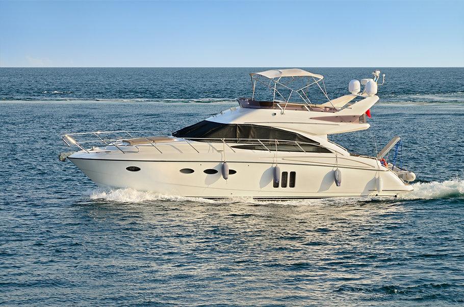 motor-yacht-P7CR9VK.jpg