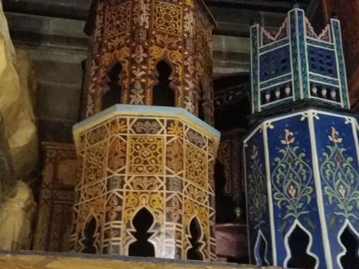 arabesque moroccan tables