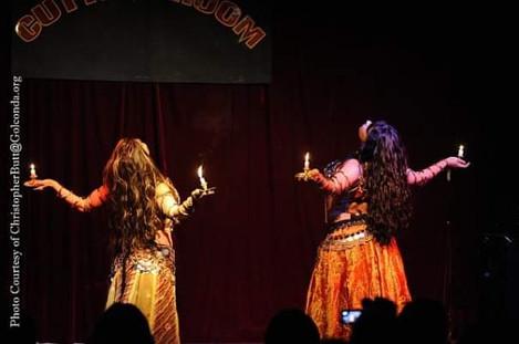 Bellydancers duet