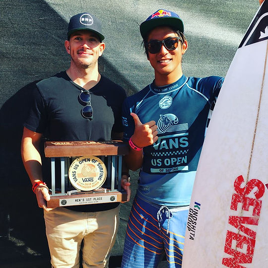 Kanoa Igarashi with the SRF Trainer after winning the US Open of Surfing