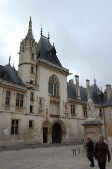 Bourges J Coeur 2.JPG