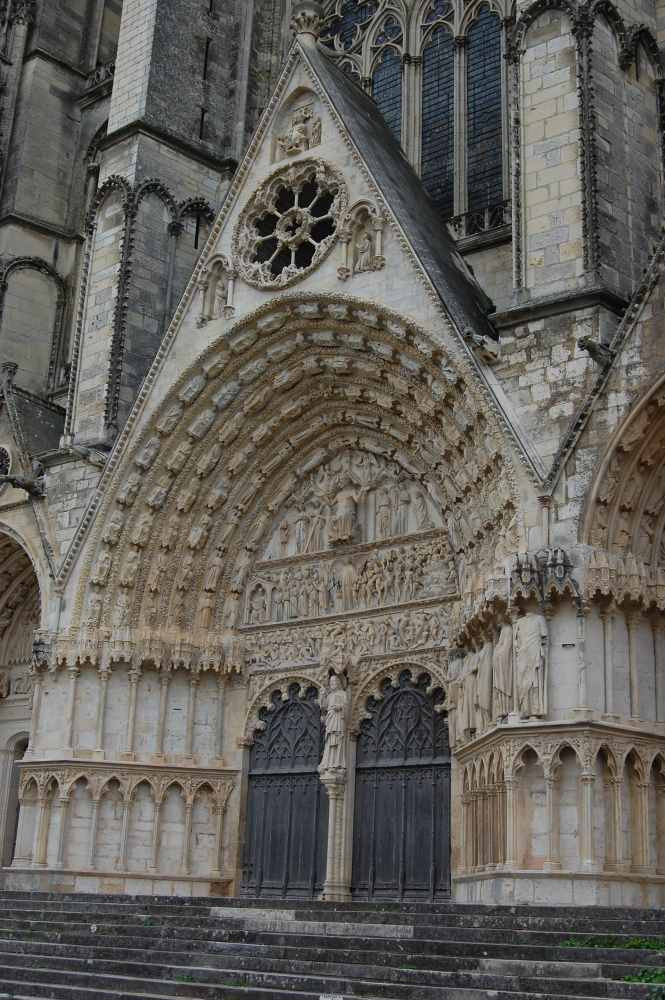 Cath Bourges 10.JPG