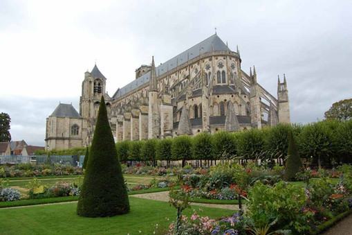 Cath Bourges 13.JPG