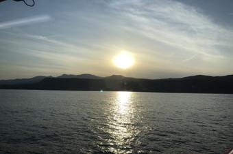 高速船からの夕景