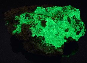 Daylight Fluorescent Hyalite Opal, Zacatecas, Mexico
