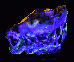Multi-Colored Fluorescence from the Tadpole District, Imperial Co., California