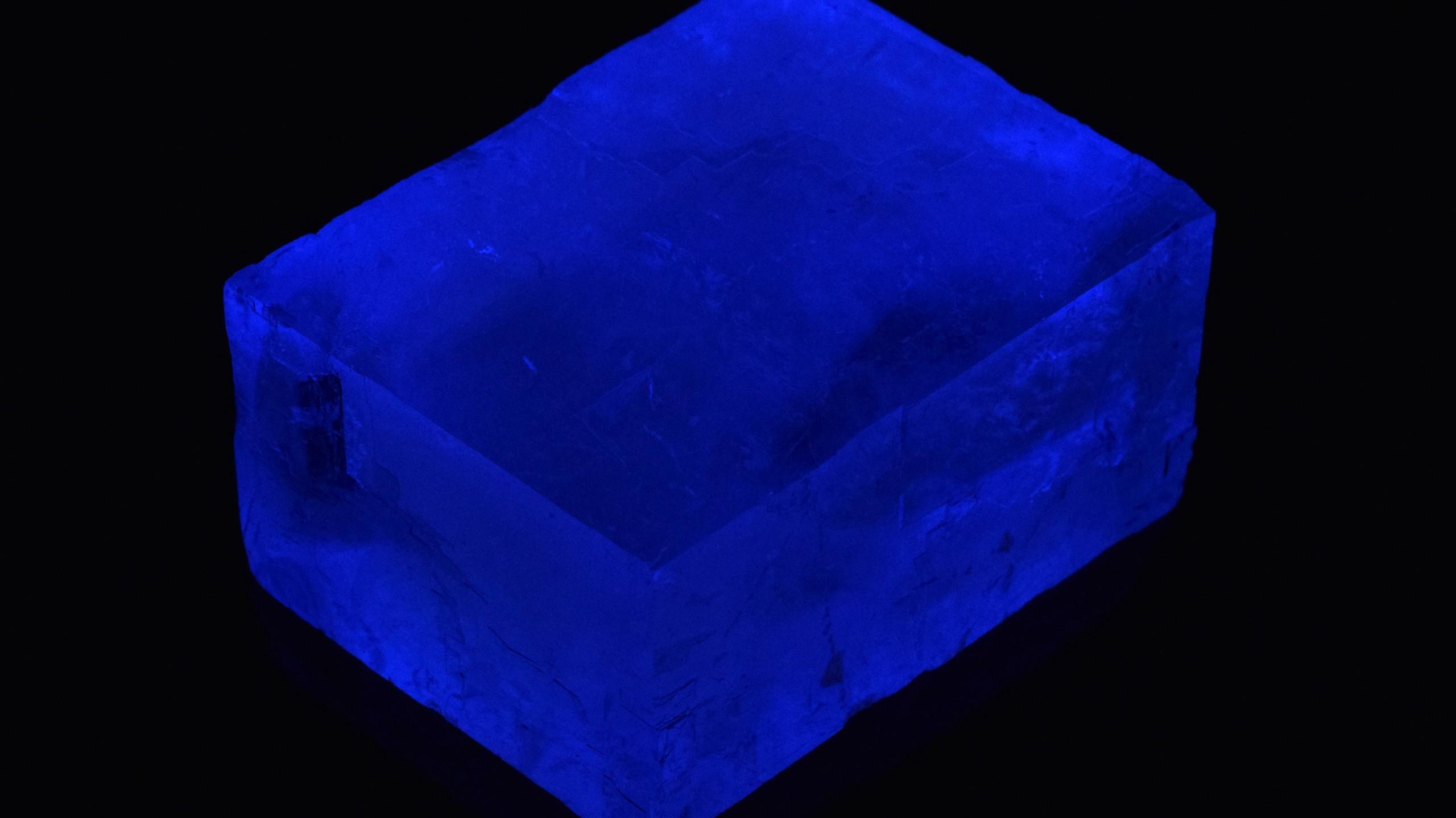 Mid Wave Phosphorescence