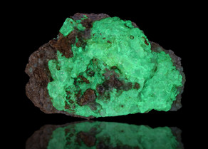 Hyalite Opal, Electric Opal Knob, Zacatecas, Mexico
