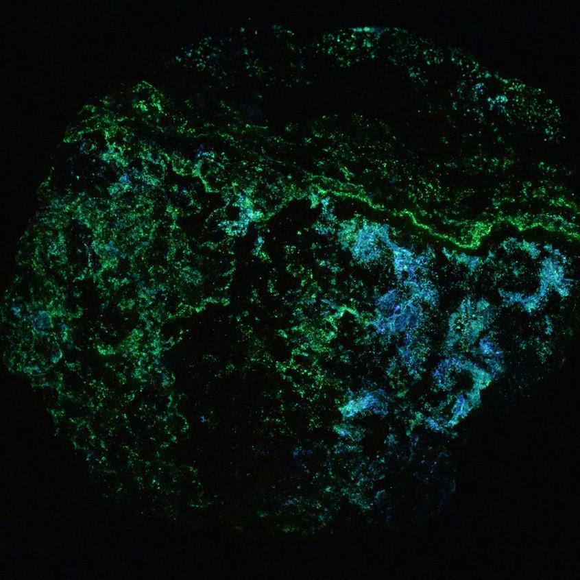 Short Wave Phosphorescence