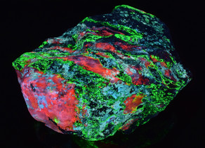 Calcite, Willemite and Hydrozincite, Miller Canyon, Arizona