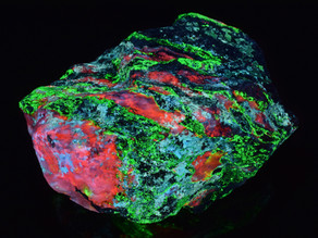 Calcite, Willemite and Hydrozincite, Miller Canyon, Arizona