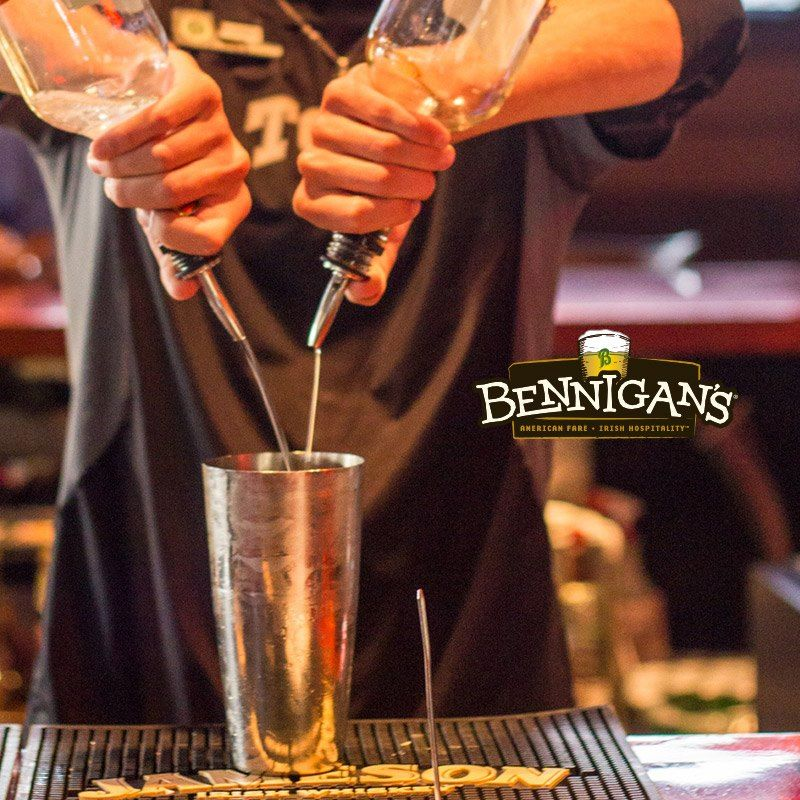 The Bennigans - Work and Travel (3)