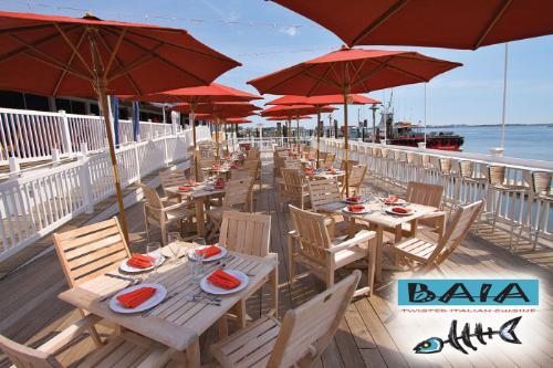 baia restaurant work and travel