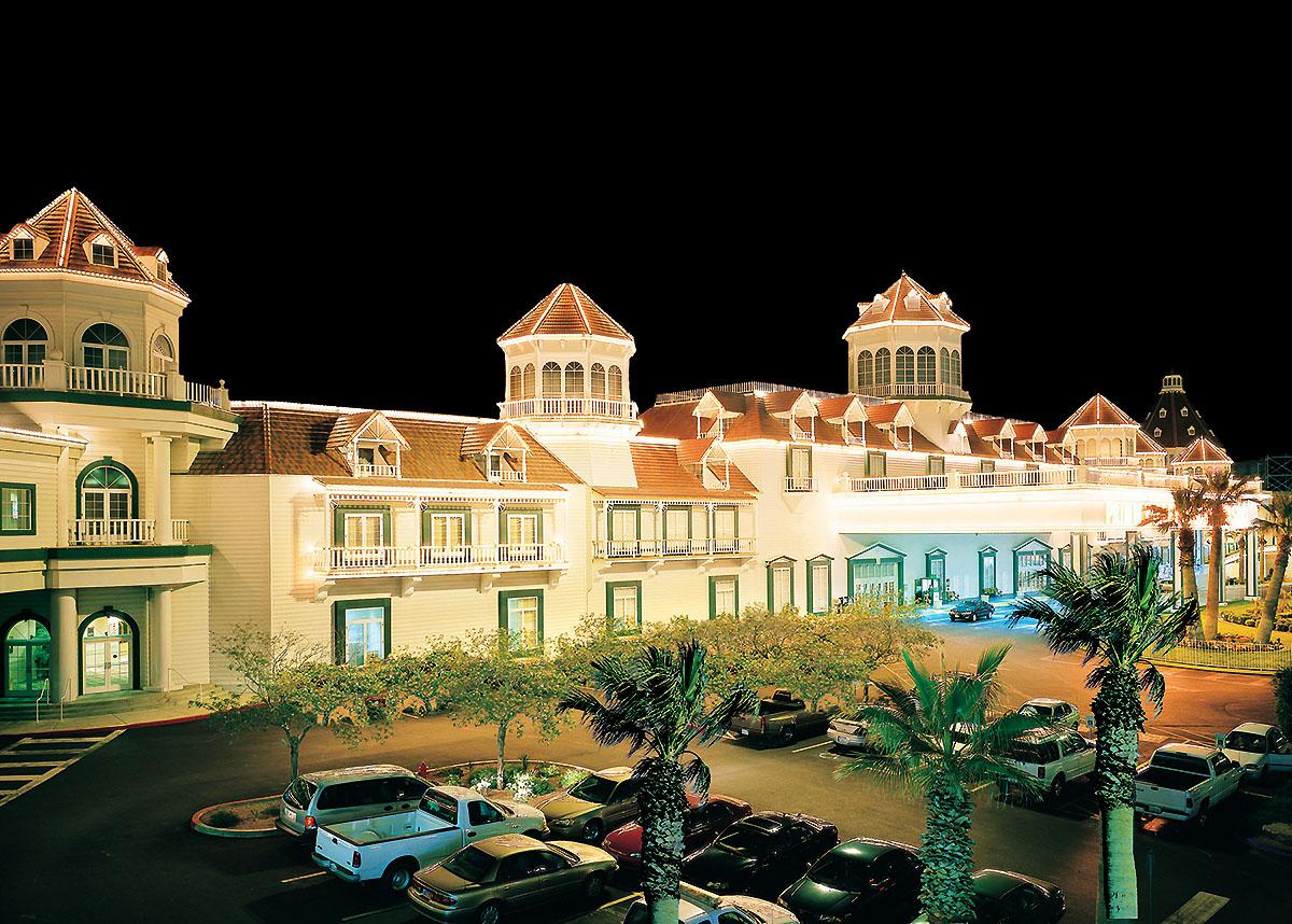 primm valley casino resorts usa j1 wiza work and travel summer program 2016 nevada iecenter (1)
