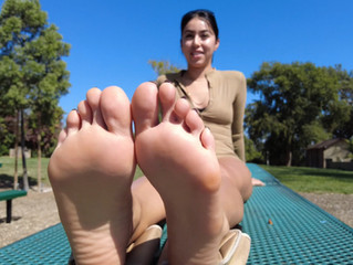 Solescchicc Feet Photos & Foot Modeling Video Shoot
