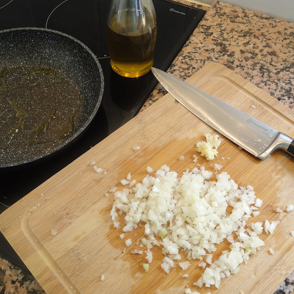 fry onion and garlic
