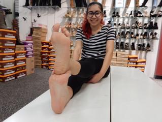 Meet The Feet: Isabel