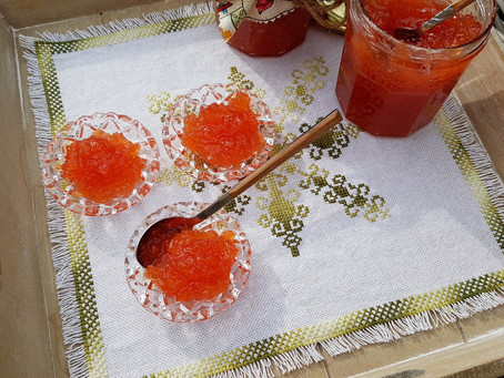 Quinch preserve and marmelade