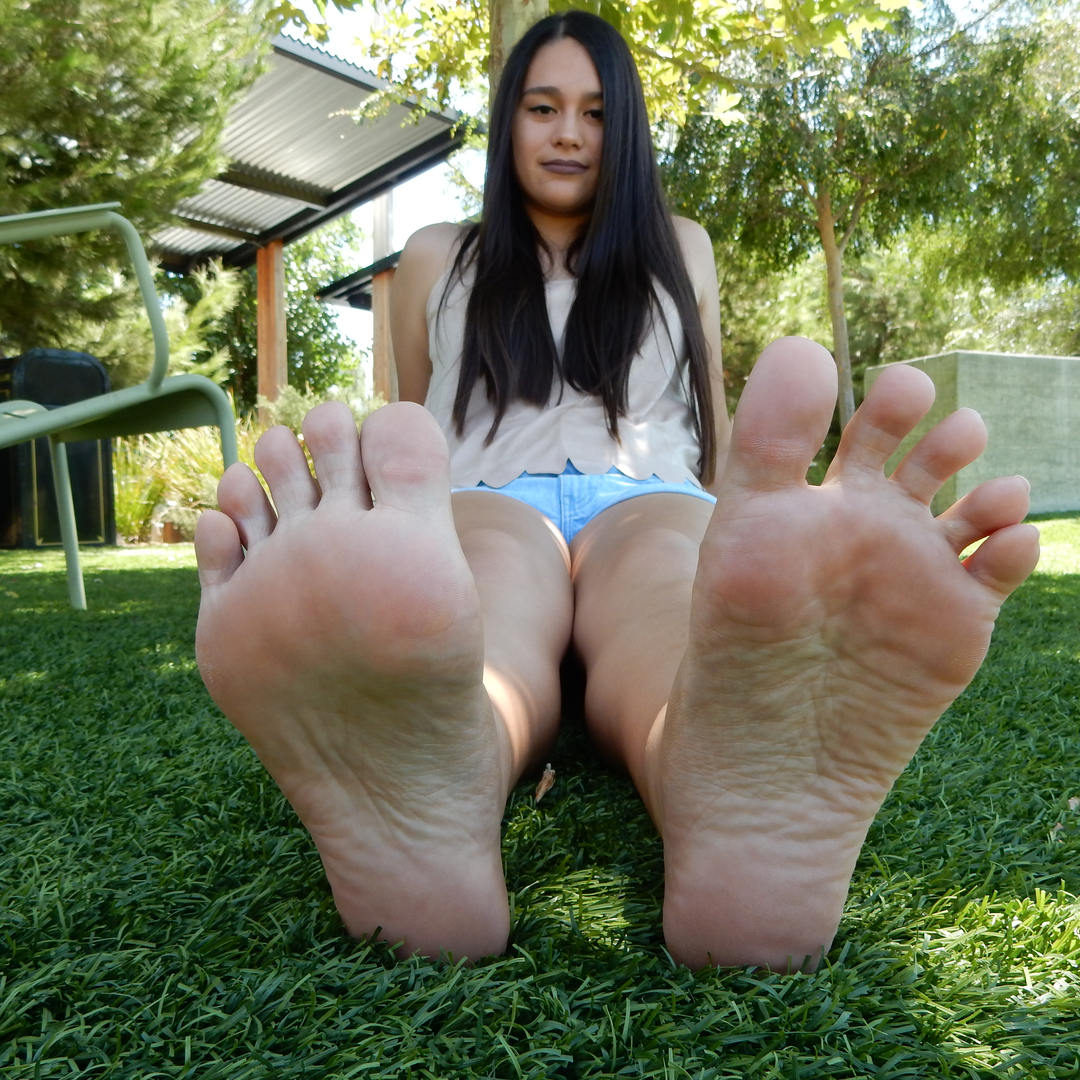 Sofia Aesthetic Feet