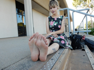Filming Monice Jeslene's Feet After Finding Her on YouTube (with pictures!)