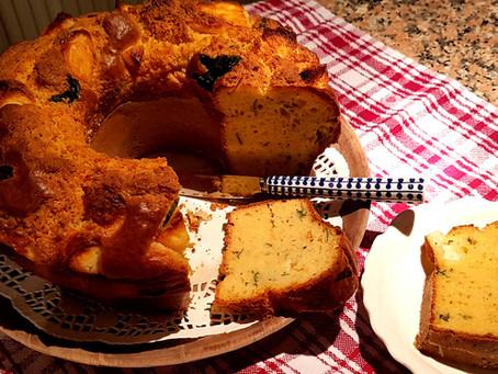 Savory cake with Halloumi cheese - Tiropita