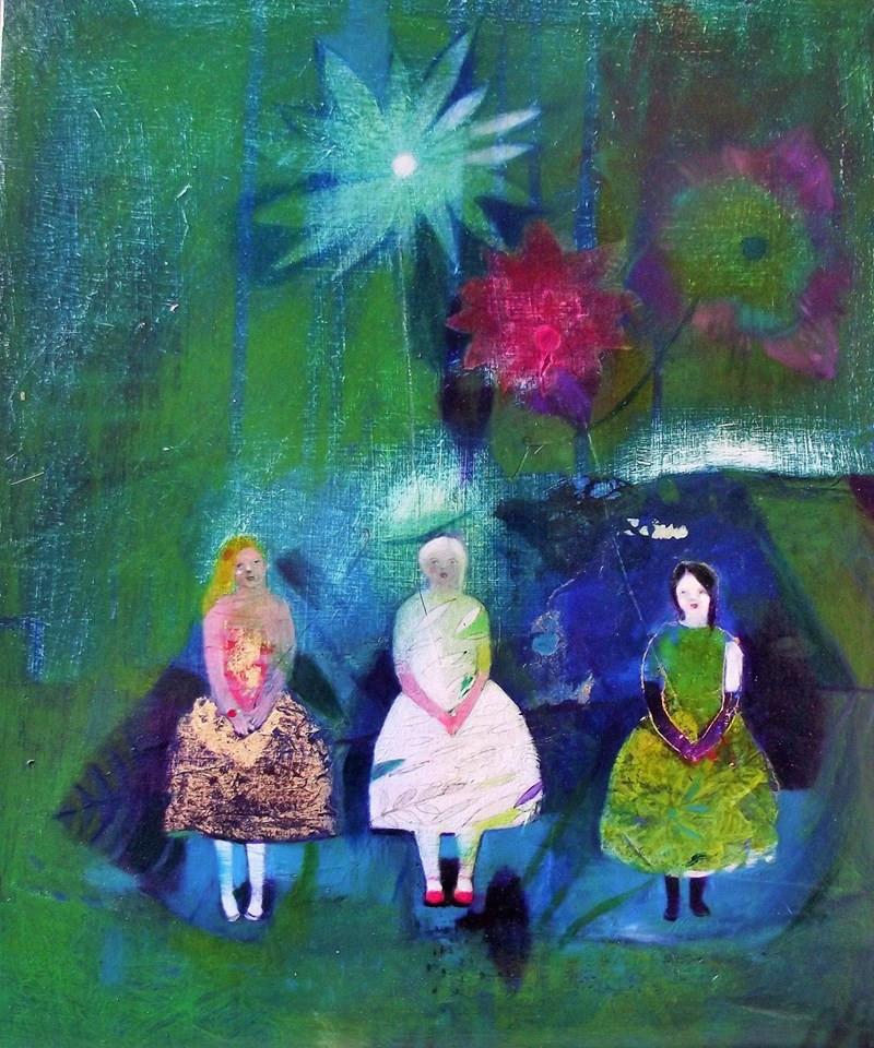 3 Girls in flowers